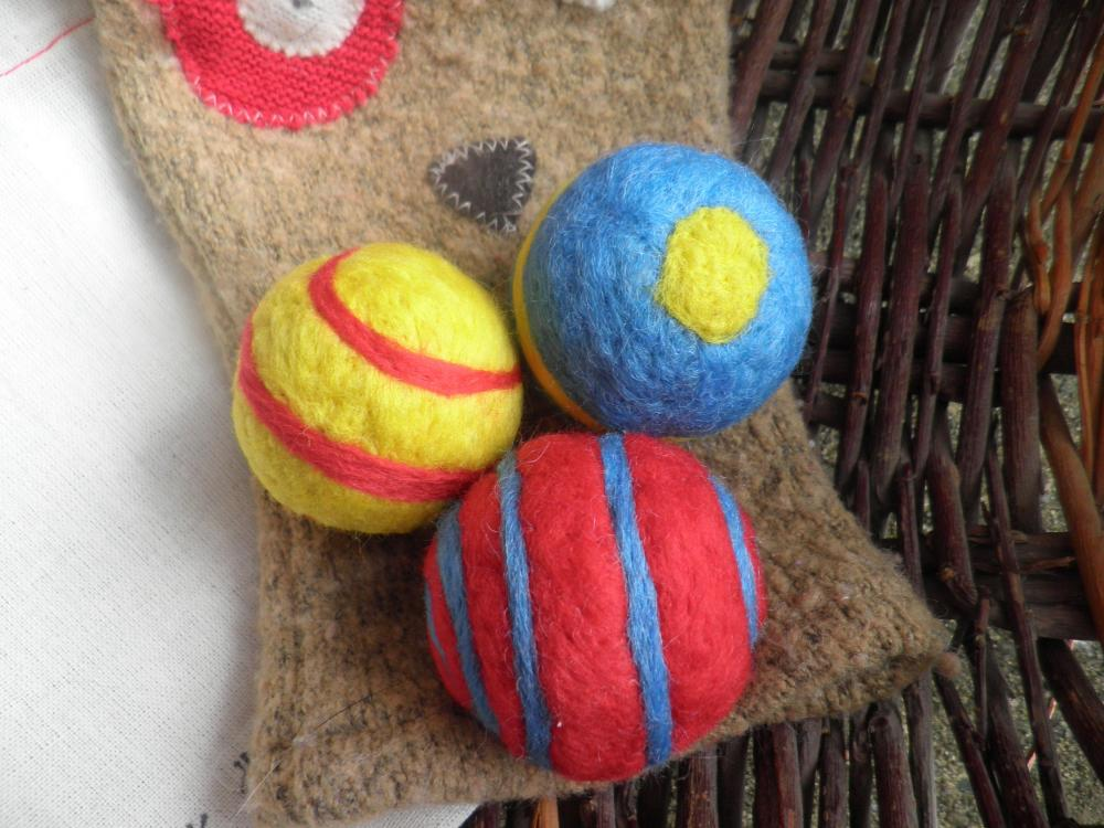 Waldorf Inspired. Lavender filled wool toy balls. Vibrant sensory toys. Natural. Eco Friendly. Baby shower, Child Birthday.